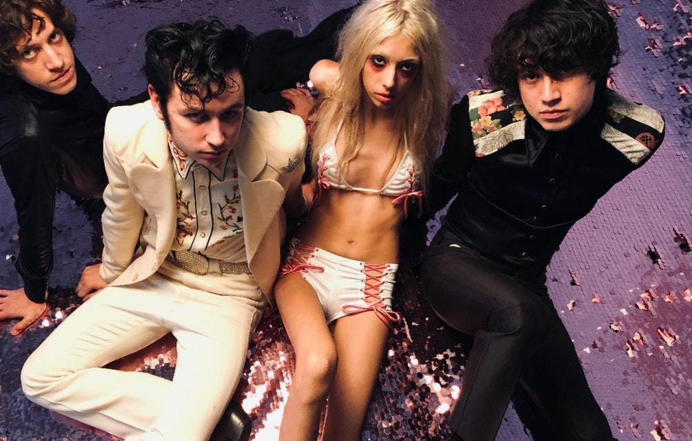 STARCRAWLER RELEASES NEW LIVE SINGLE RECORDED DIRECT-TO-TAPE AT THIRD MAN RECORDS featured image